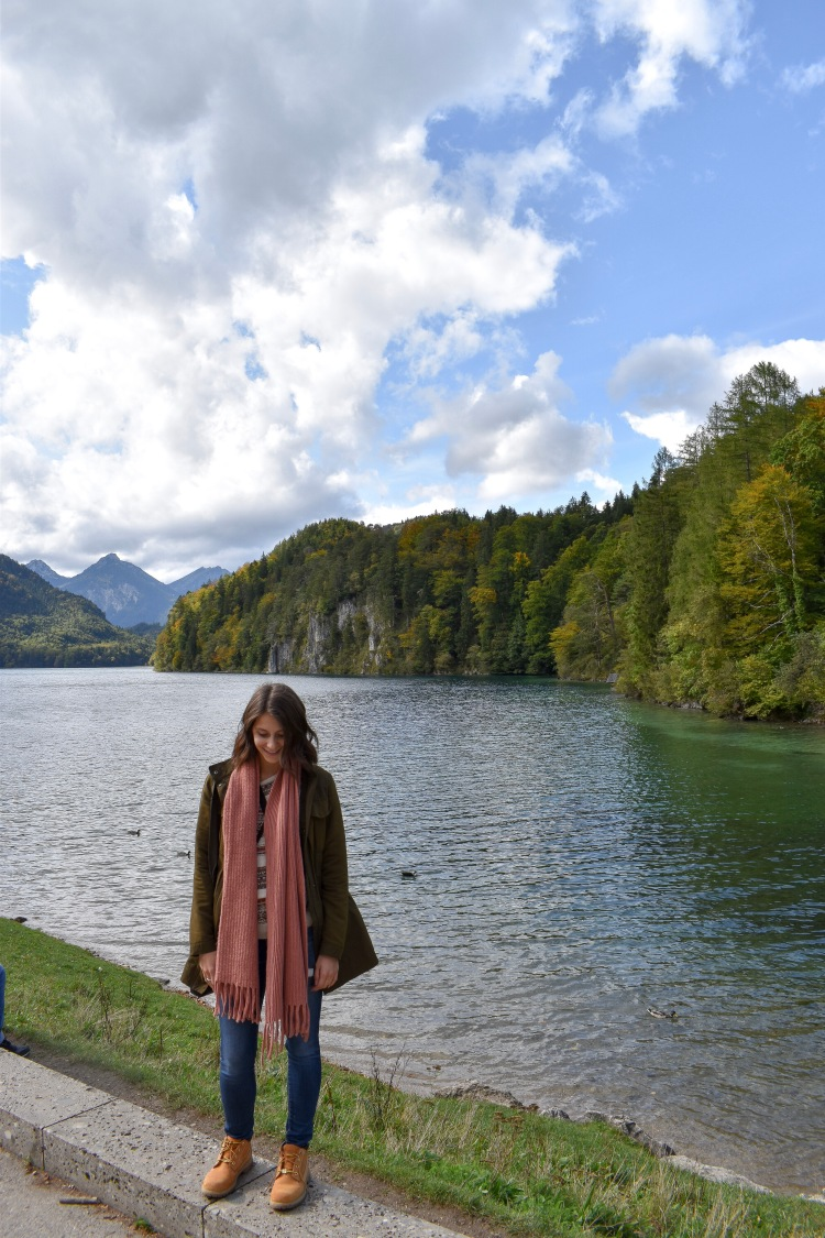Interview With Solo Female Traveller Emily Radecki l Paperbeau