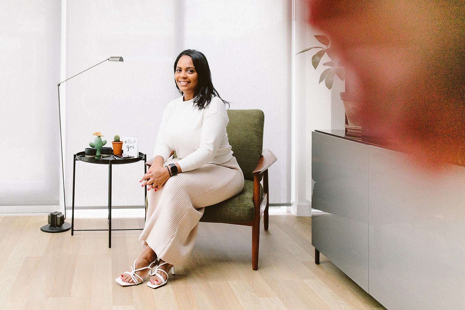 Interview With Female Entrepreneur Sharnette Donacien l Paperbeau.nl